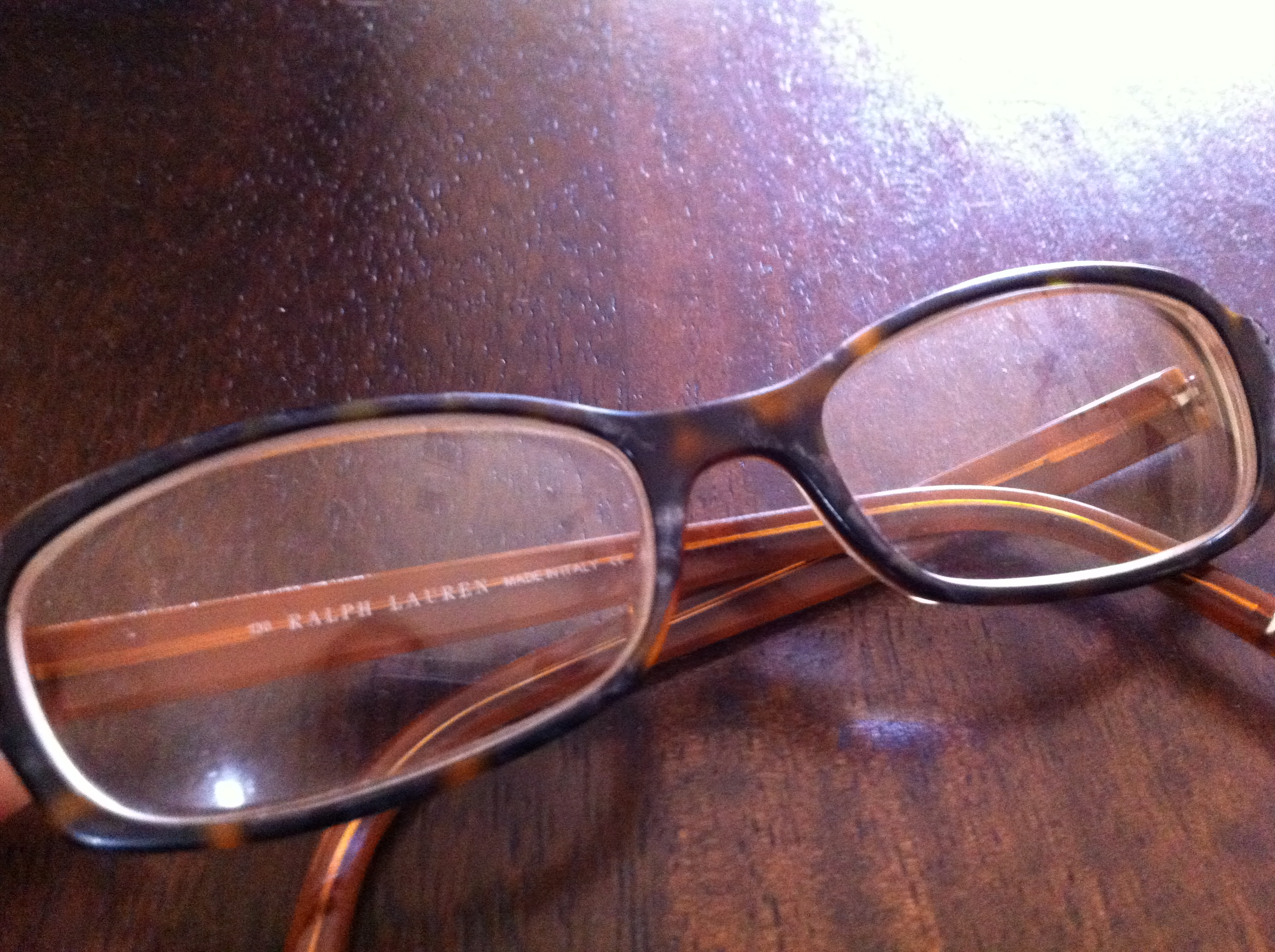 Glasses Frame Discoloration : white discoloration on plastic eyeglass frames While ...